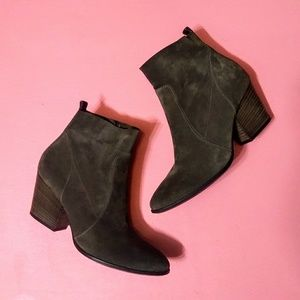 Paul Green Reese Brown Suede Ankle Boots